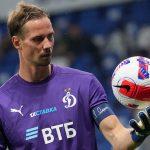 Шунин займет место в воротах «Динамо» на матч против «Зенита»